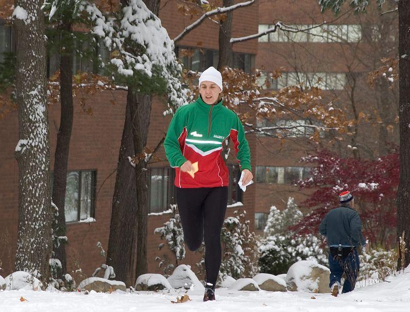 Pia Kivisakk runs to the finish   (Nov 13, 2004, 11:29am)