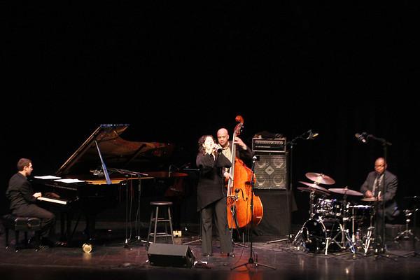 20101204 Anat Cohen at Wortham Center