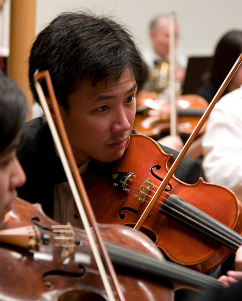 Eric Peng, violin -- Hopkins Symphony Orchestra, March 2008