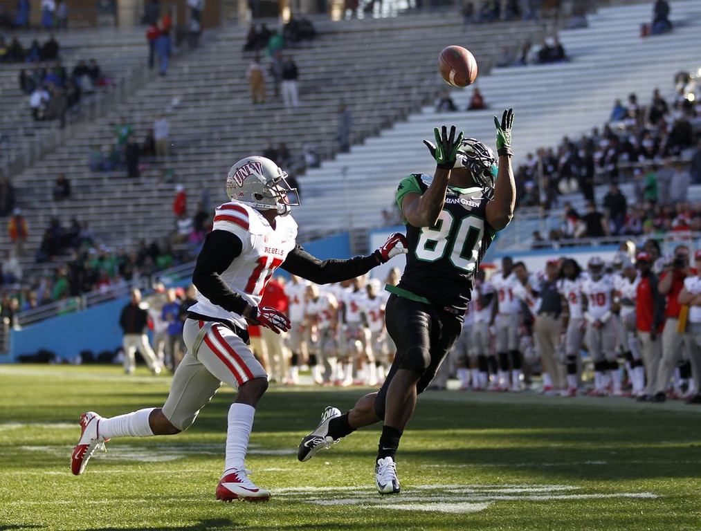 """. <p>6. BOWL WEEK <p>If you had a dime for every empty seat ... MAN! ... you would have one hell of a lot of dimes.   <p><b><a href=\'http://nypost.com/2014/01/03/espn-flaunts-clownish-college-coverage/\' target=\""""_blank\""""> HUH?</a></b> <p>    (AP Photo/Mike Stone)"""