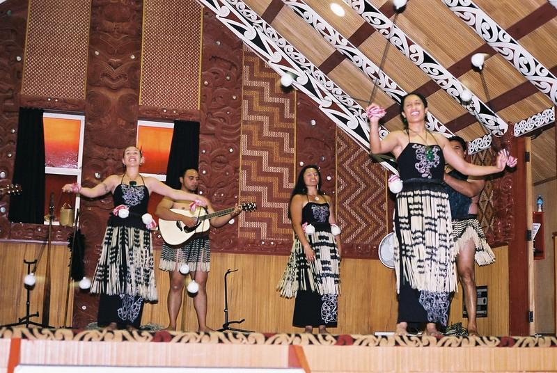 maori-village_1814835868_o.jpg