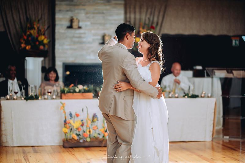 BRETT & CARMEN WEDDING PREVIEWS-130.JPG