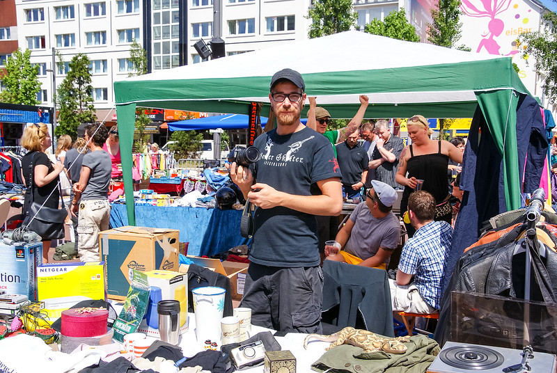 2010-06-06-Flohmarkt 45.jpg