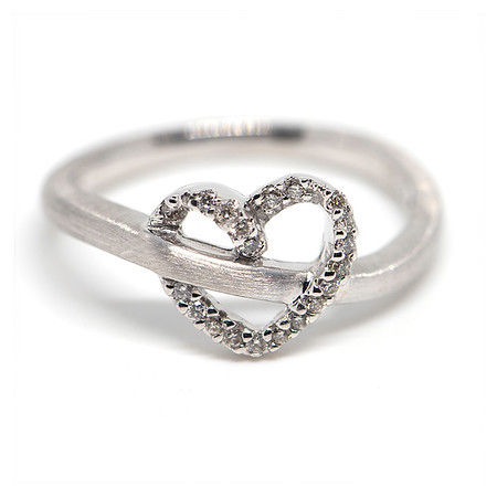 Dominic's Fine Jewelry - 800 px