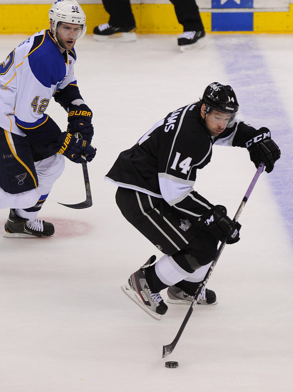 . The Kings Justin Williams controls the puck against the St. Louis Blues. (Michael Owen Baker/Staff Photographer)