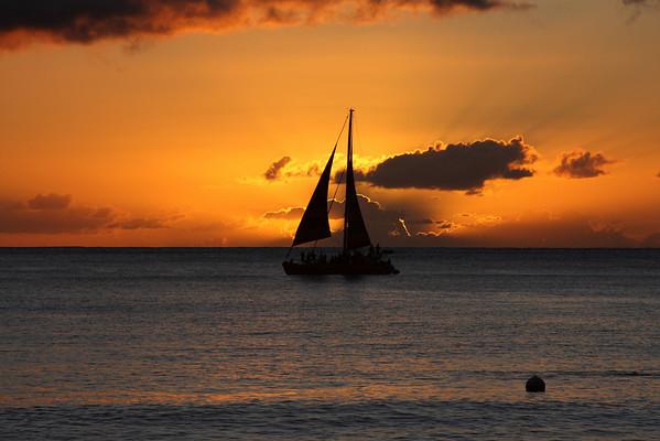 2007-11-18/19 Waikiki & Sunsets
