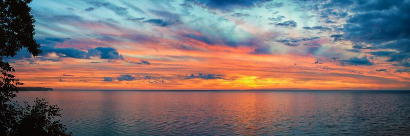 Sunsets and lightnig storms-20.jpg