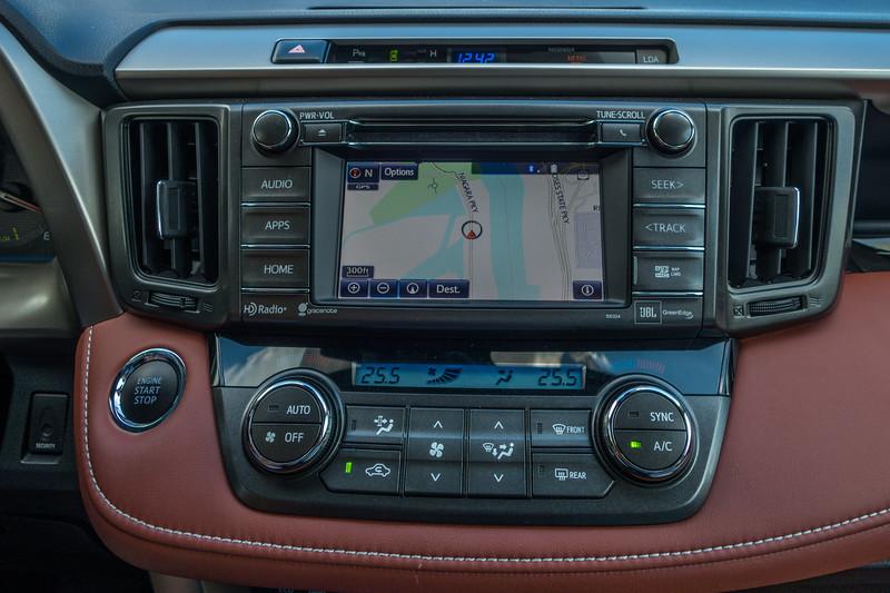toyota-rav-4-limited-interior.jpg
