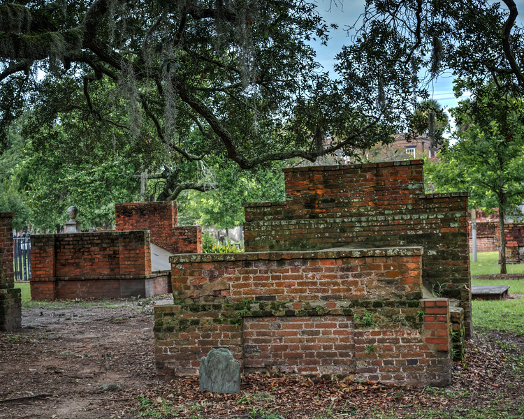 Established by Christ Church in 1750, is Savannah's oldest existing burial ground.