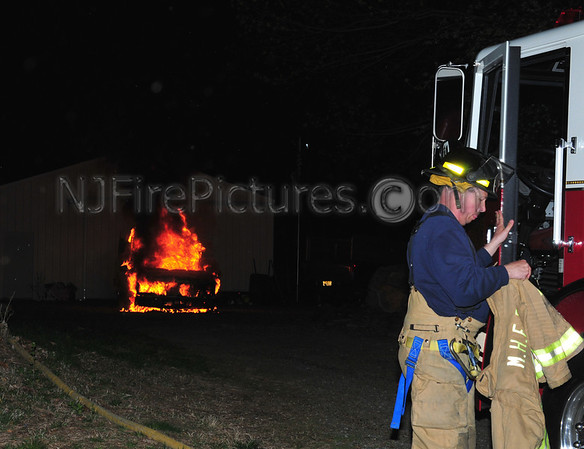 MINE HILL, NJ CAR FIRE 33 5TH AVE 5/1/11