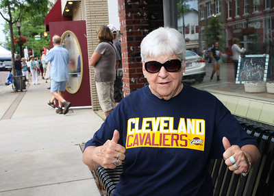 """Vermilion's June 16, 2016 Third Thursday-Featuring CAVS fans !--Weather--by 8:15. """"London Fog"""" came in."""