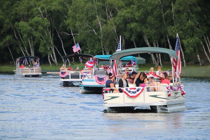 2019 4th of July Boat Parade  (105).JPG
