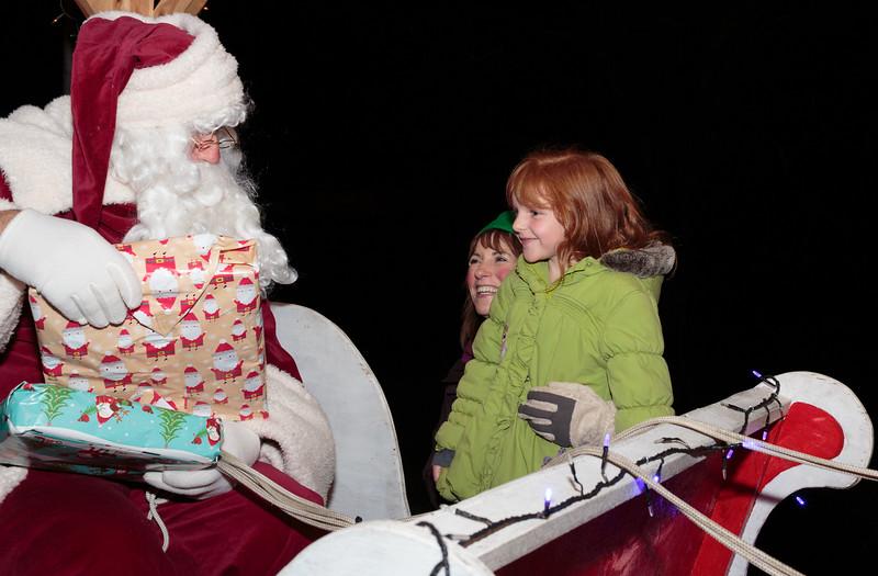 Santa Sleigh in Spaldwick (Dec 2013)