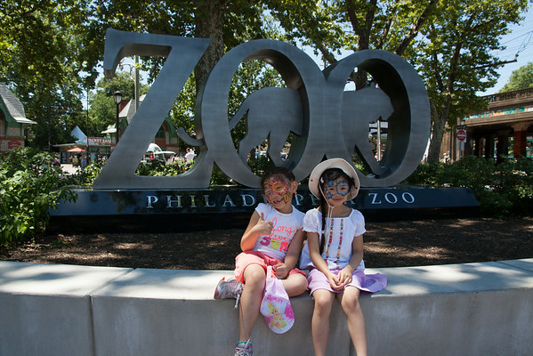 201407 - Phili Zoo with Evelyn