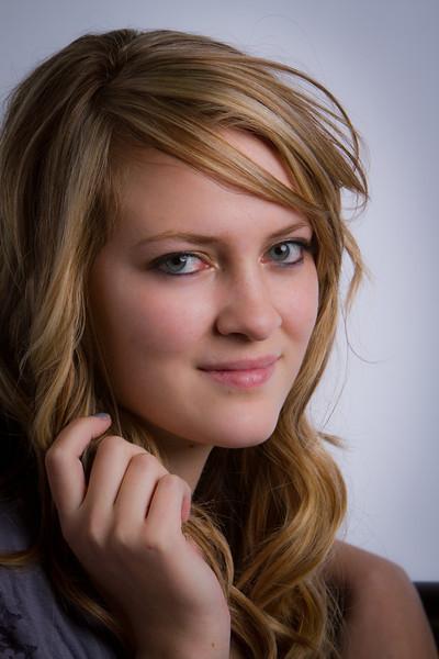 Brylee - Senior picture- ldsphotographer-41.jpg