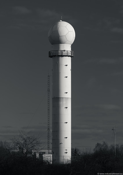 Meteorological tower