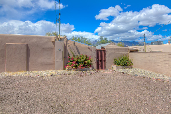 Vacation Rental Home 2625 E. Prince Rd., Tucson, AZ 85716
