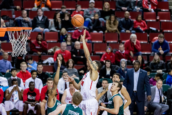 2016 Seattle U Men's Basketball vs Utah Valley