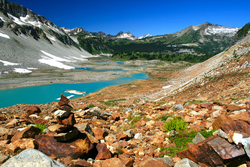 Cairn and Lyman Lakes.