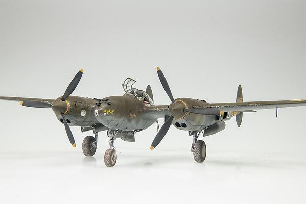 1/48 Tamiya P-38F Lightning