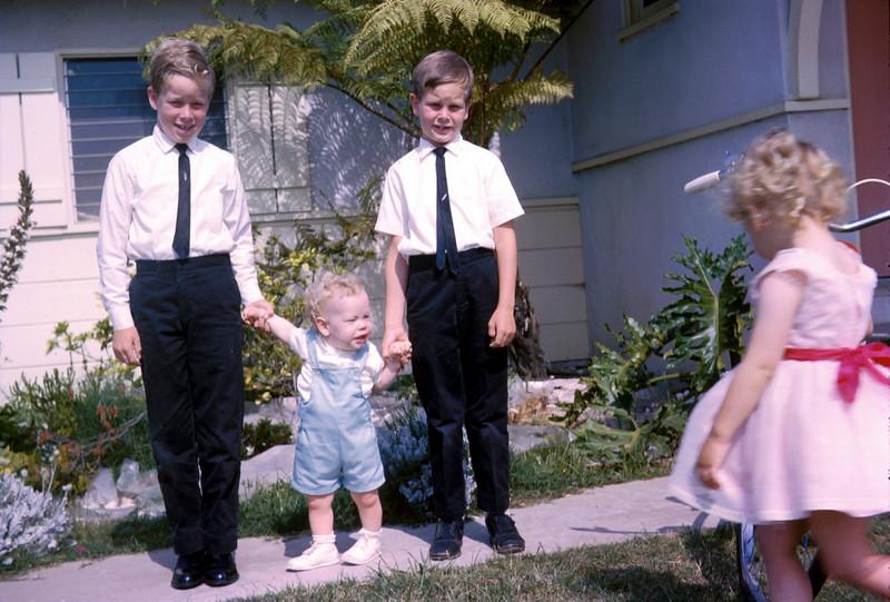 0172 - Ted, Mark, Linda, Mike (6-64).jpg