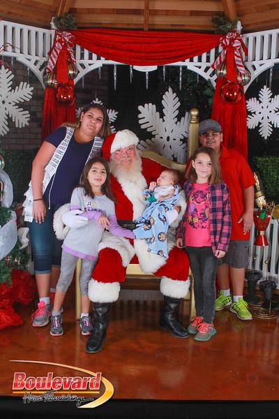 Santa 12-10-16-401.jpg