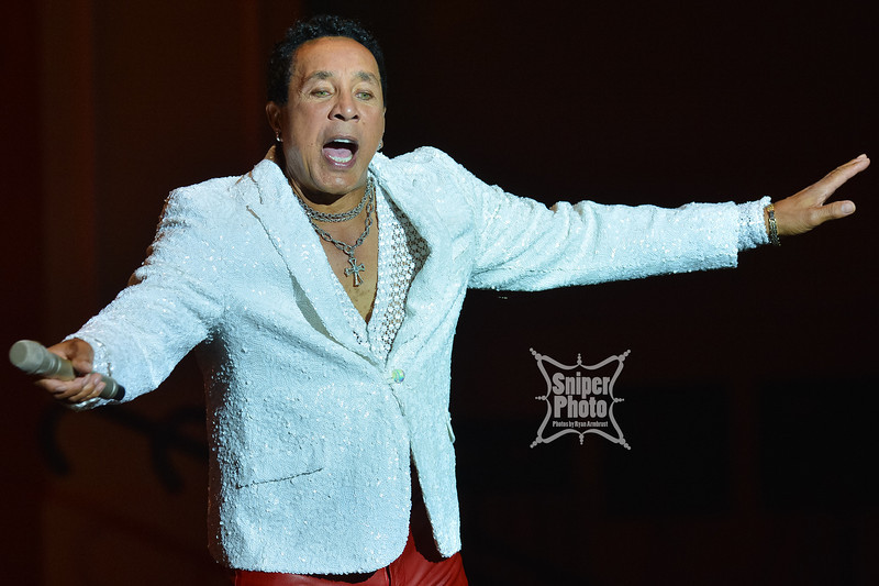 Smokey Robinson _ belterra Casino - Sniper Photo-4.jpg