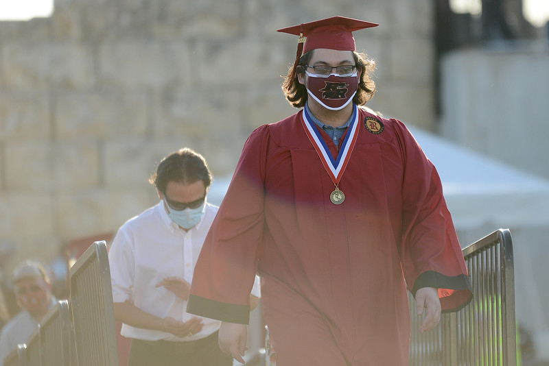 RHS-Graduation_003.jpg