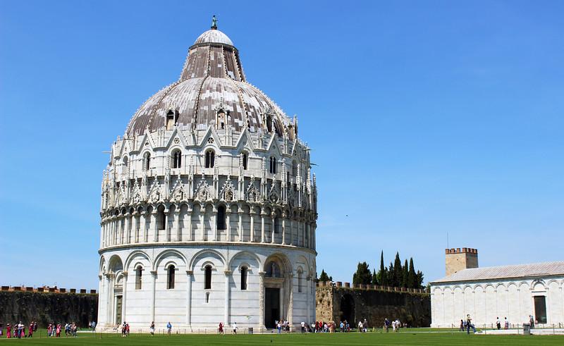 Italy-Pisa-12.JPG