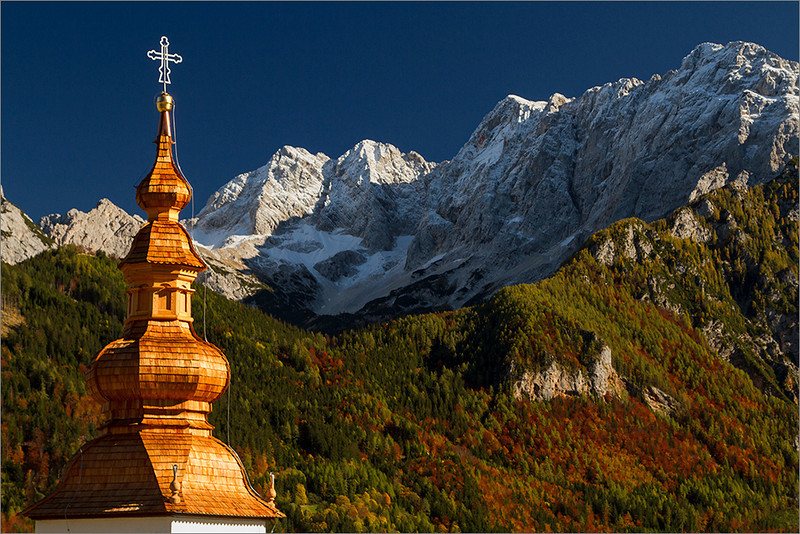 St. Oswald church and the Alps