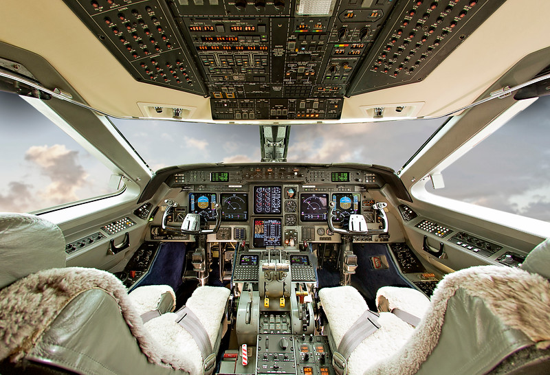 cockpit c.jpg