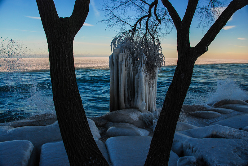 DSC_7109 AR Lake Mich ice tNEF ps- +++++.jpg