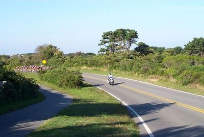 Bike Race Across Nantucket -- 25 August 2001
