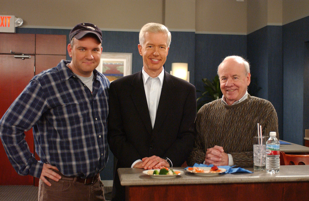 ". Former California Gov. Gray Davis, center, poses with actor Mike O\'Malley, left, and fellow guest star Tim Conway on the set of the CBS television show ""Yes, Dear,\"" in this Feb. 3, 2004 file photo, in Los Angeles. The year 2003 was most definitely a bad one for Davis, who became just the second governor in U.S. history to be recalled by the voters. But seven months later, Davis - a career politician known to most voters as a humorless, cardboard-stiff policy wonk - has crafted his misfortuneinto a surprisingly funny turn as a lovable loser. Davis made a cameo appearance on the sitcom \""Yes, Dear\"" as himself.  (AP Photo/ CBS, Monty Brinton)"