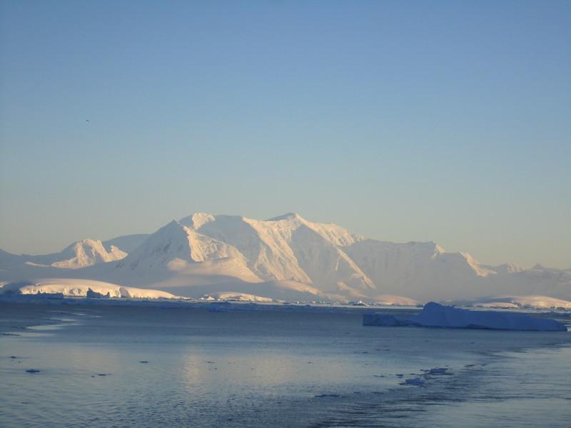 Antarctica 2012 095.jpg
