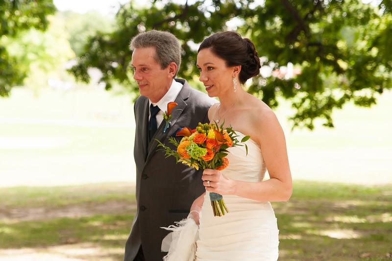 bap_schwarb-wedding_20140906132346_DSC2381