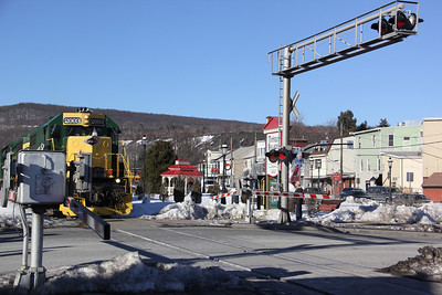 Train Through Tamaqua, near Five Points, Tamaqua (2-28-2014)