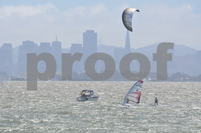 Kiteboards vs Formula Windsurfers Kites Break Through!