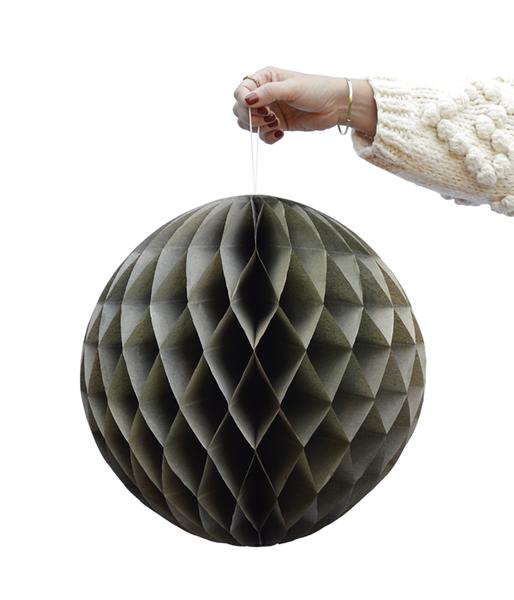 DD.83.19.3 green honeycomb balls.png