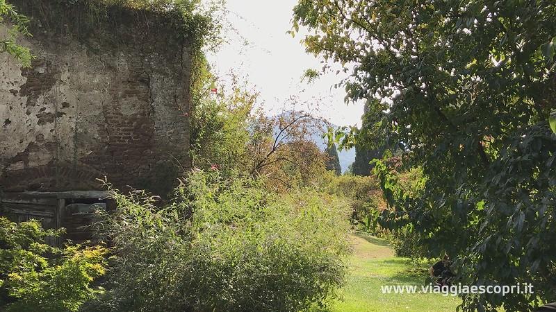 Giardino di Ninfa (1) (frame 139).jpg