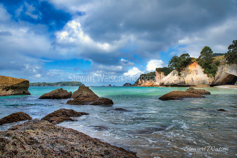 Cathedral Cove rocks