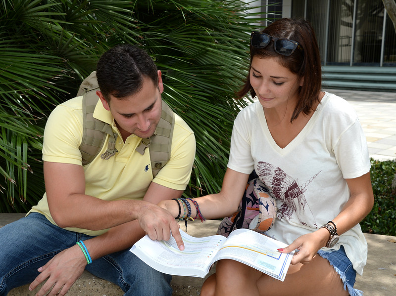 students-study-together-before-class_15266268101_o.jpg