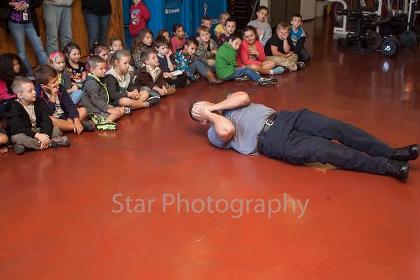 Unaka Elementary 1st Grade Visits Elizabethton Fire Department 09-26-14