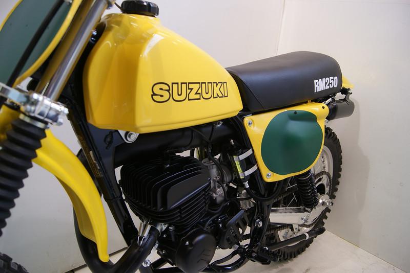1978RM250 3-12 012.JPG