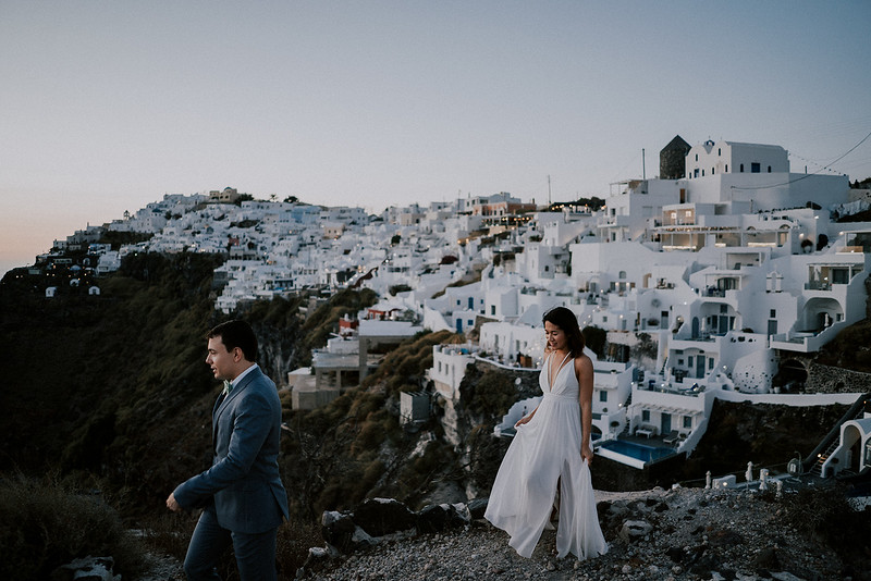 Tu-Nguyen-Destination-Wedding-Photographer-Santorini-Elopement-Alex-Diana-189.jpg