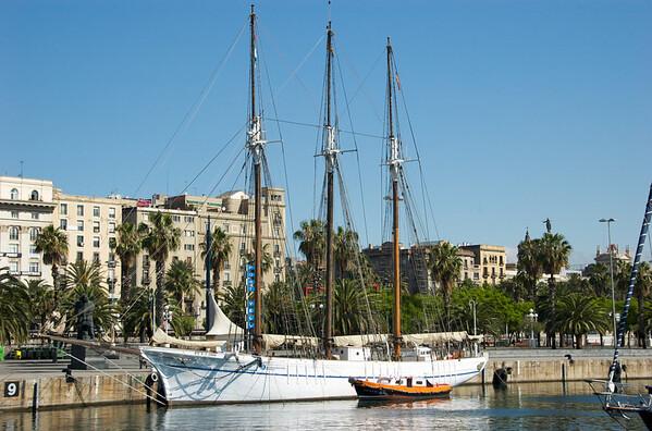 Barcelona: Harbor