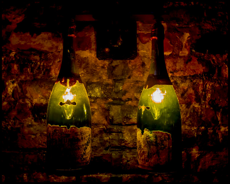 Pat O'Brien's Bar Champagne Bottle Wall Sconce
