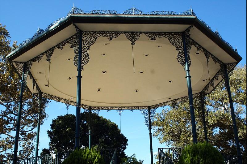 LaPlaza006-RoofOfCenterStage-2006-09-27.jpg