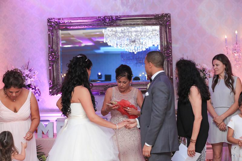 75_speeches_ReadyToGoPRODUCTIONS.com_New York_New Jersey_Wedding_Photographer_J+P (1074).jpg
