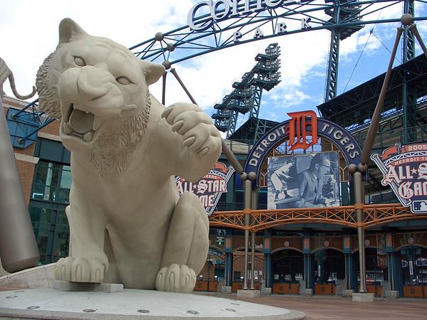 Detroit scenes, July 2005